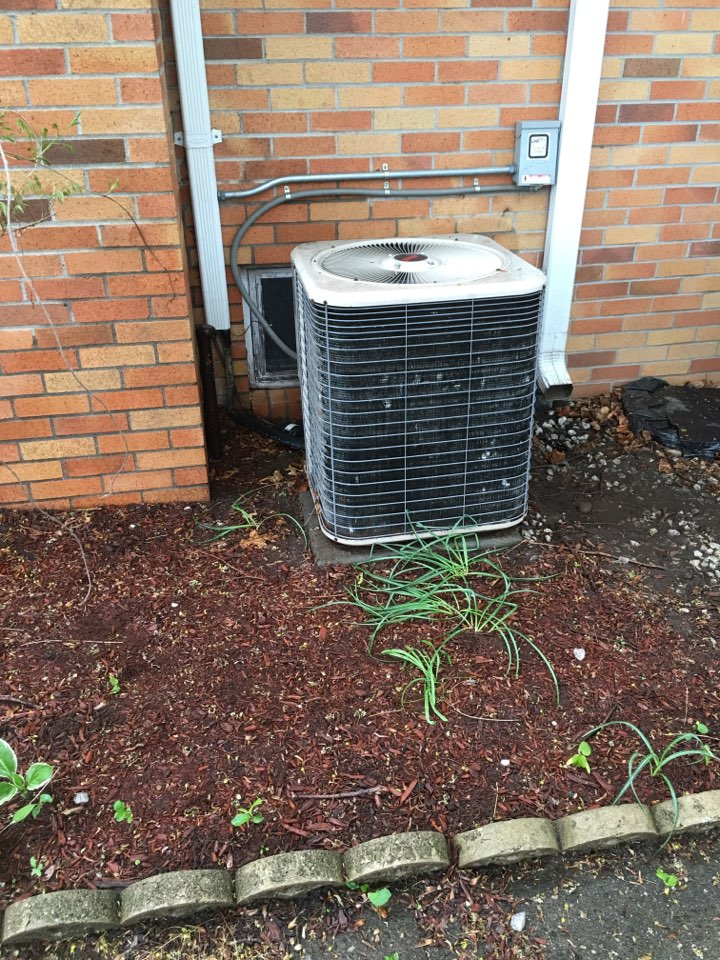 Bristol, CT - Lennox r22 air conditioning system maintenance