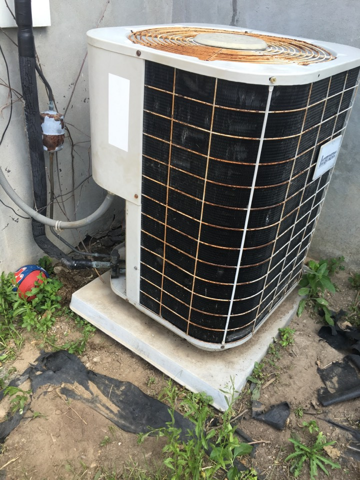 Glastonbury, CT - Performance tune up on AC system