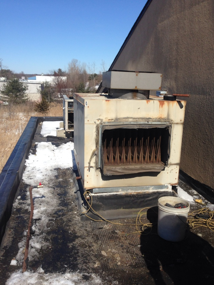 Cromwell, CT - Replacement reznor make up air unit.