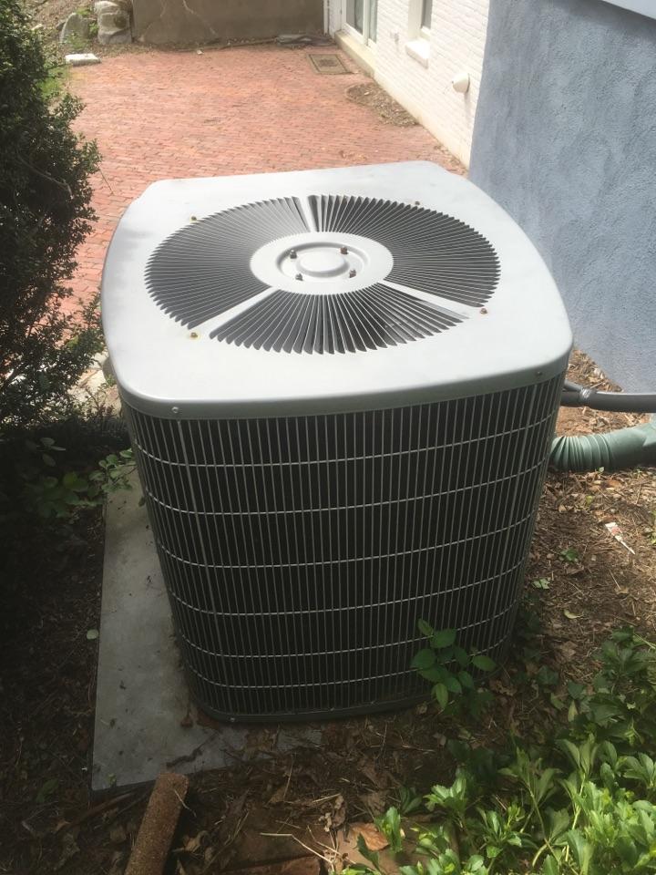 West Hartford, CT - Preventive maintenance on Carrier AC split system.
