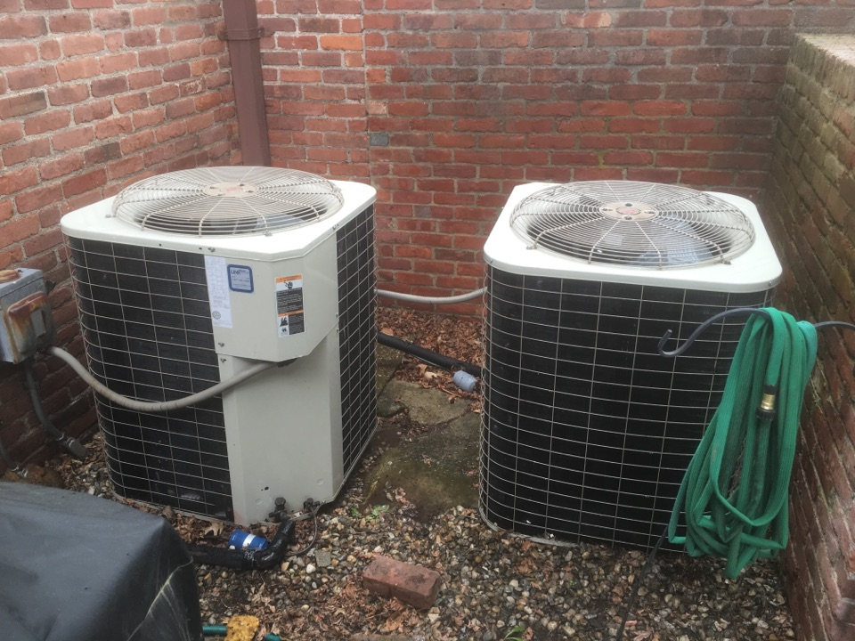 West Hartford, CT - Tune up on AC system.
