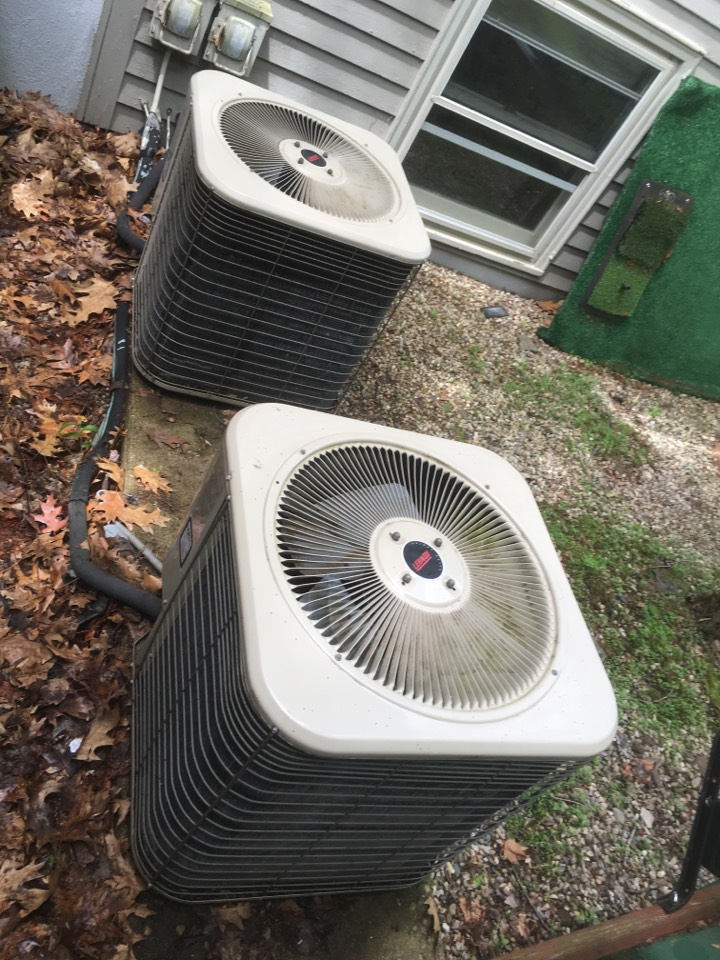 West Hartford, CT - Tune up on Lennox AC systems.