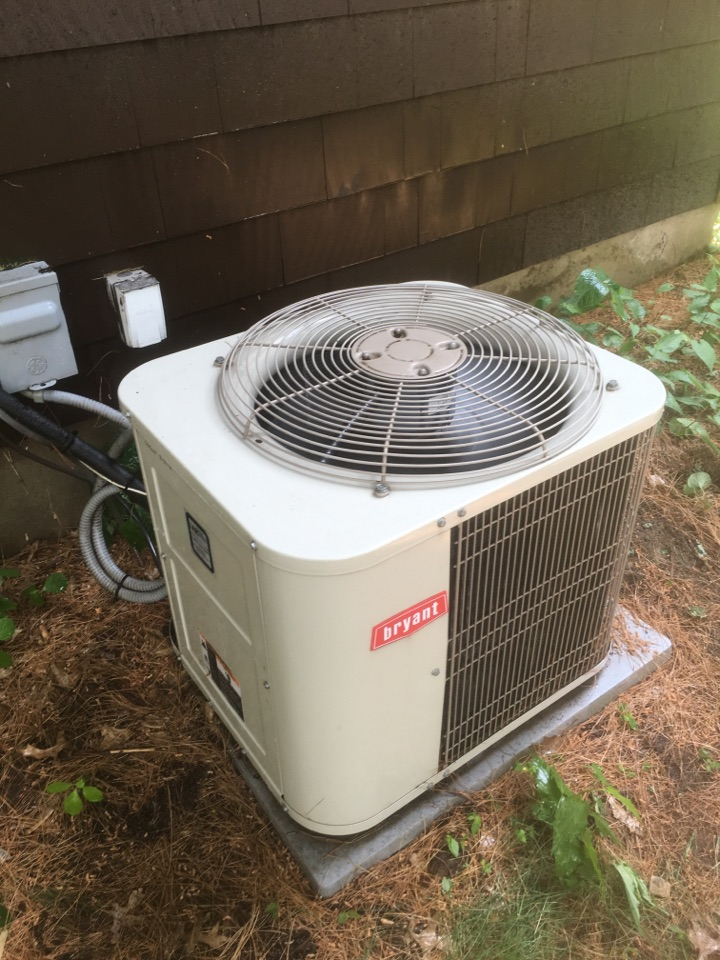 West Hartford, CT - AC tune up on Bryant system.