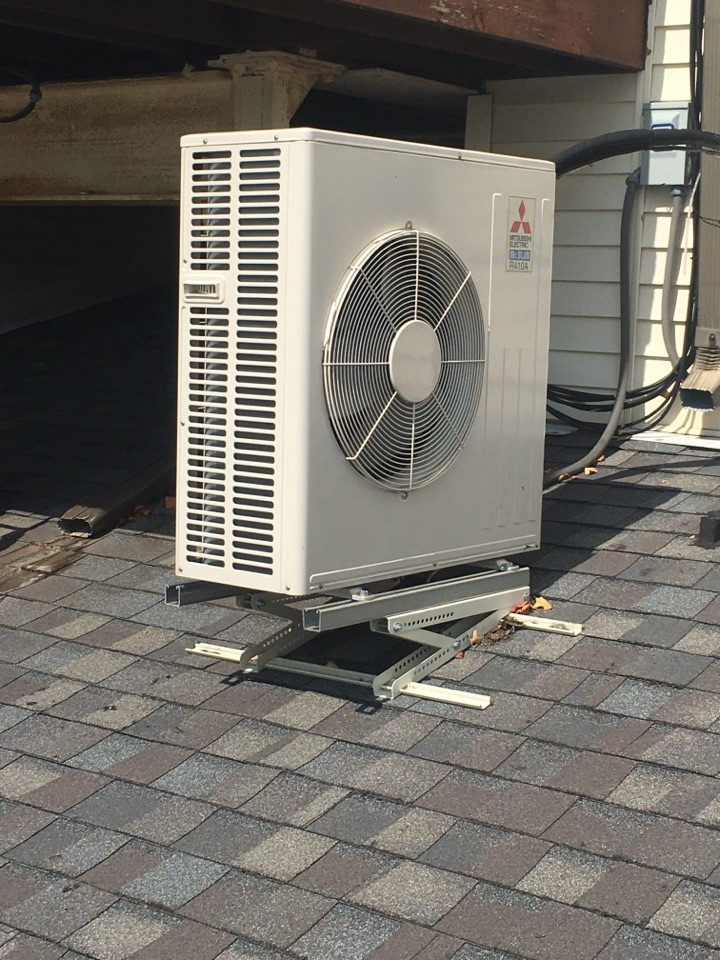 Meriden, CT - Mitsubishi ductless AC repair.
