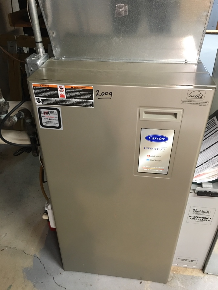 Berlin, CT - Performance tune up on Carrier gas furnaces