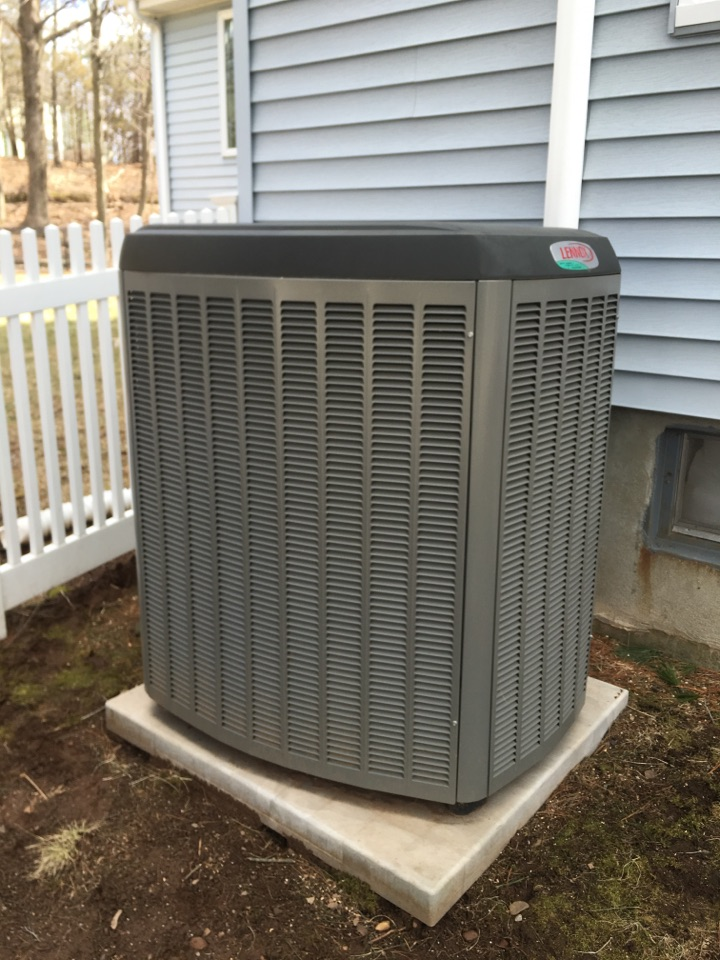 Rocky Hill, CT - Performance tune up on Lennox AC system