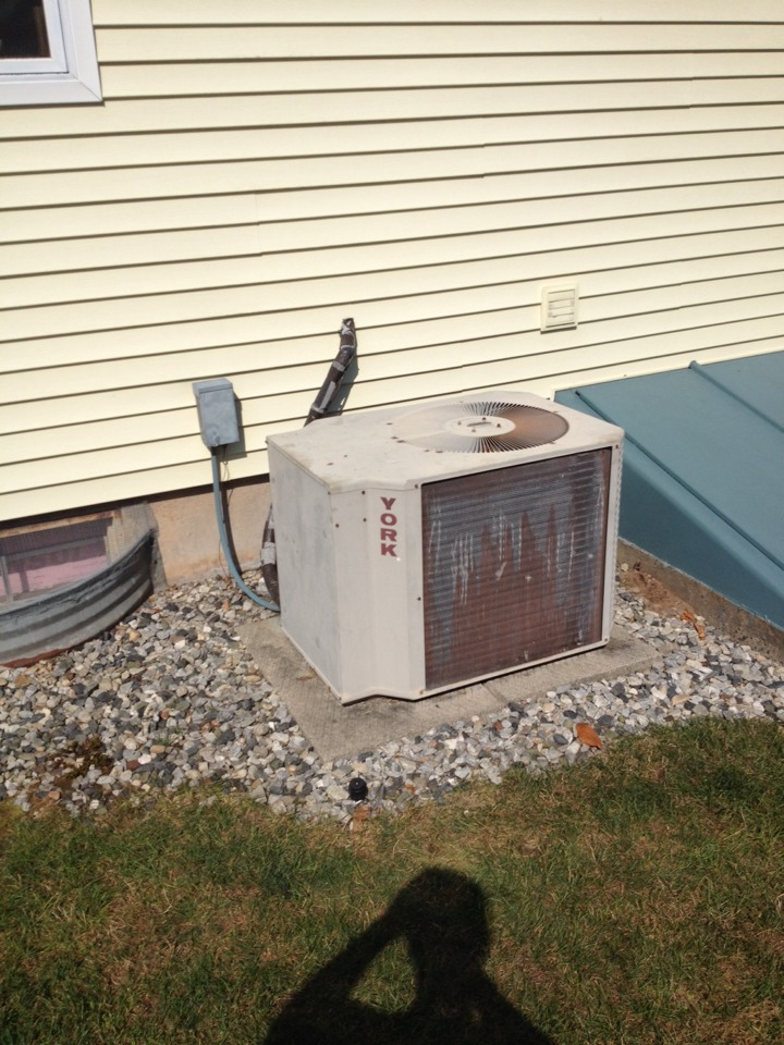 East Hartford, CT - Replaced the start components on a York A/C condenser