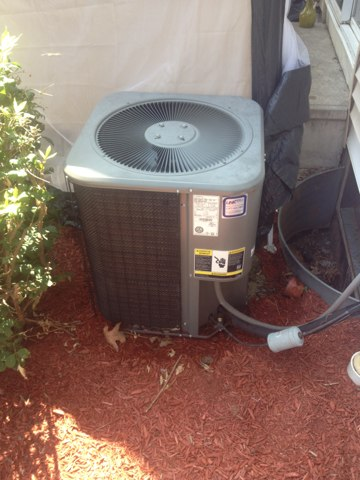 Hartford, CT - Ac and heat tune up on Lennox split system and condensing gas furnace.