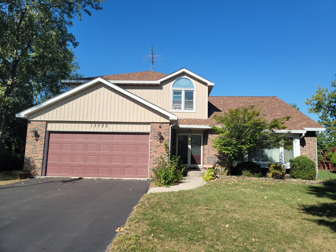 Homewood, IL - Meeting with client to discuss new omni conversion gutters and Soffit