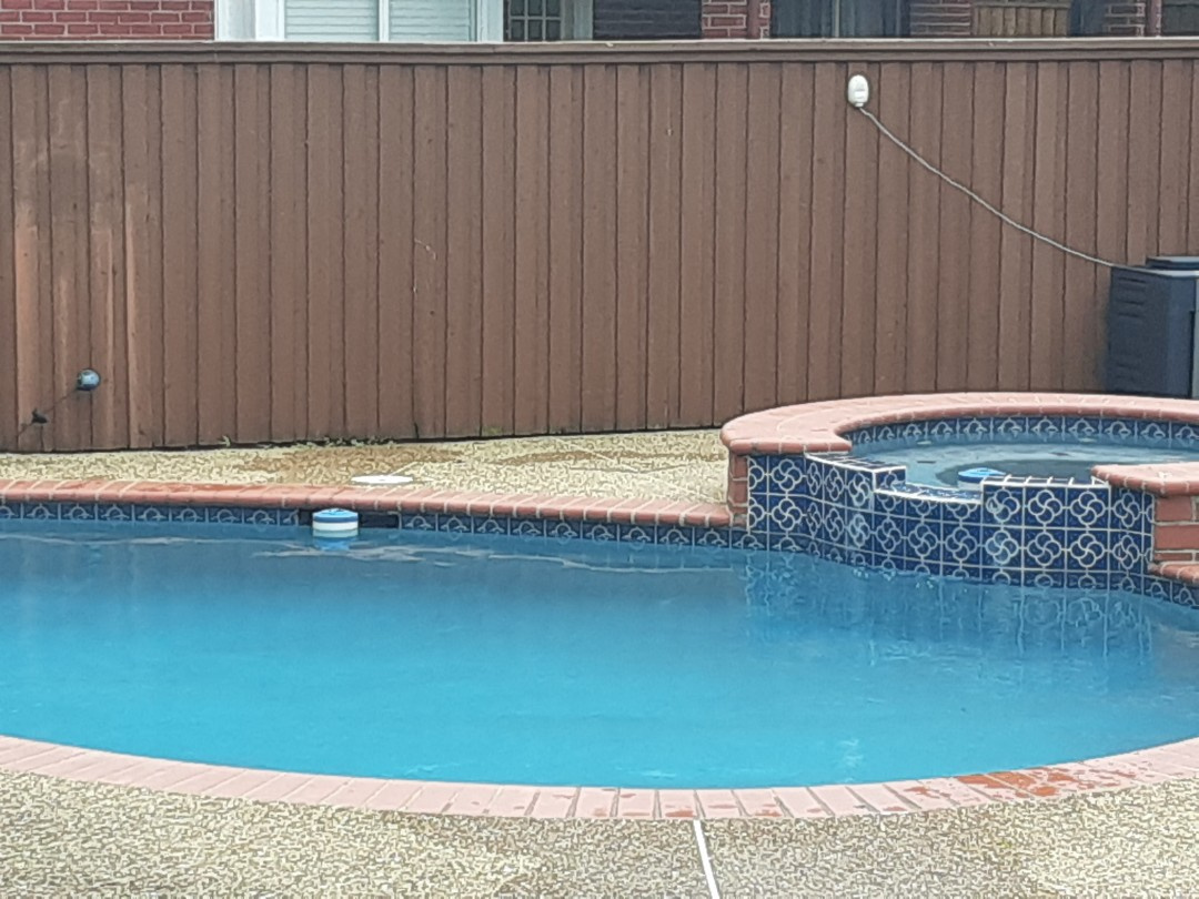Plano, TX - Full pool brush down and chemical balance