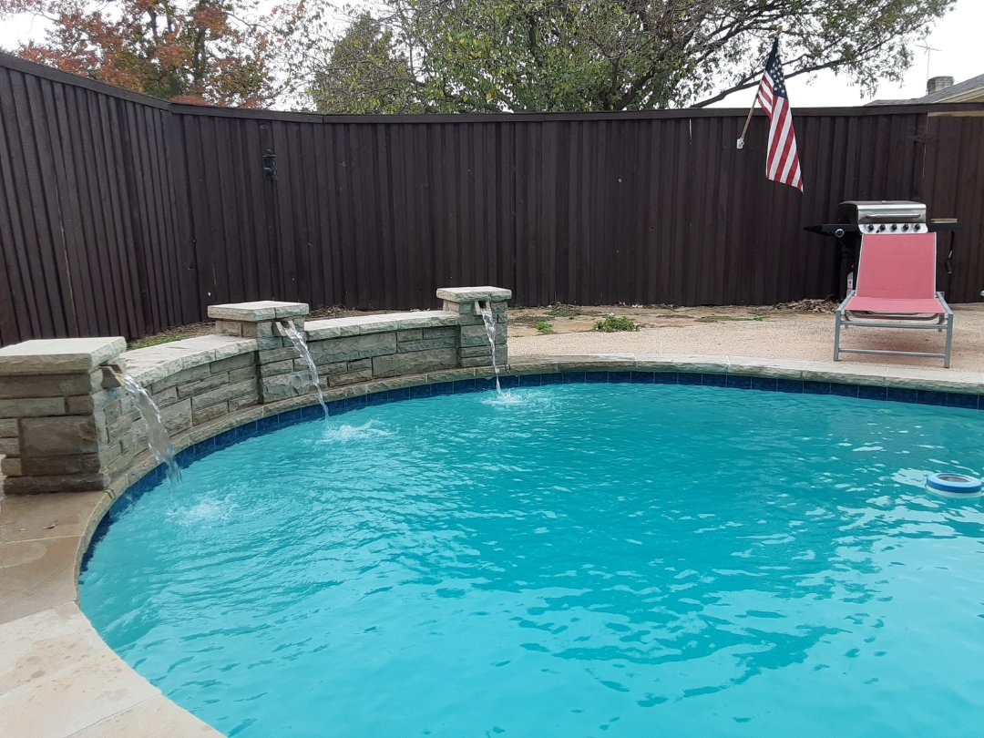Richardson, TX - Weekly cleaning and maintenance of a residential pool outfitted with a Polaris pool cleaner