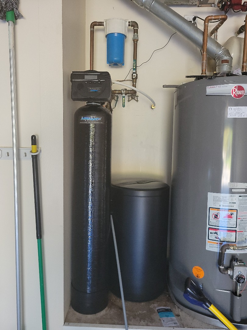 Meridian, ID - Replaced a 20 year water softener with a high efficiency water softener from AquaKlear Filtration.