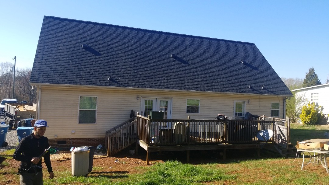 Hickory, NC - New ventilation install with a new ridge vent.