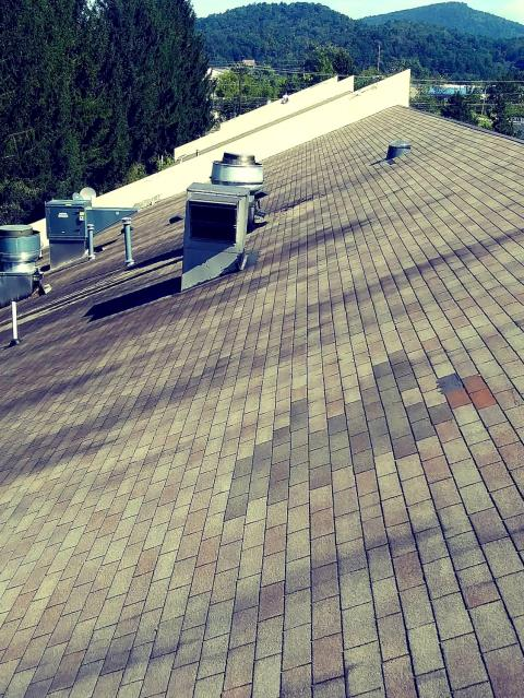 Morganton, NC - Atlas Construction residential roof replacement in Morganton NC. We also work in Hickory NC.