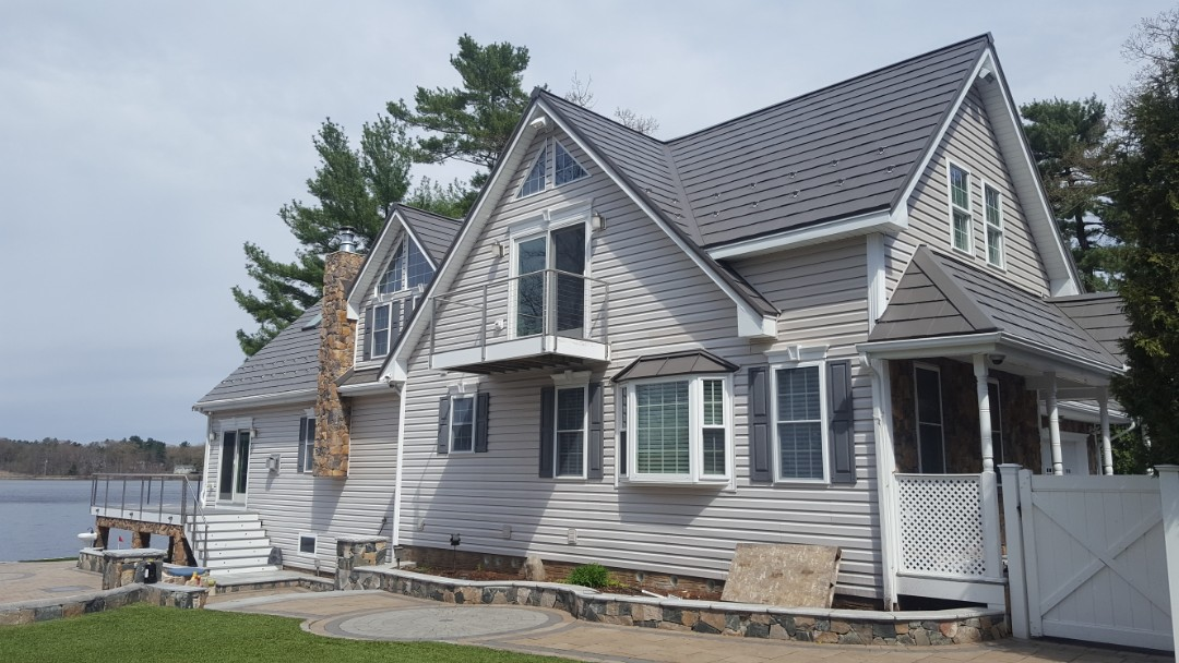 North Reading, MA - Aluminum metal shingle roof in North Reading Mass.