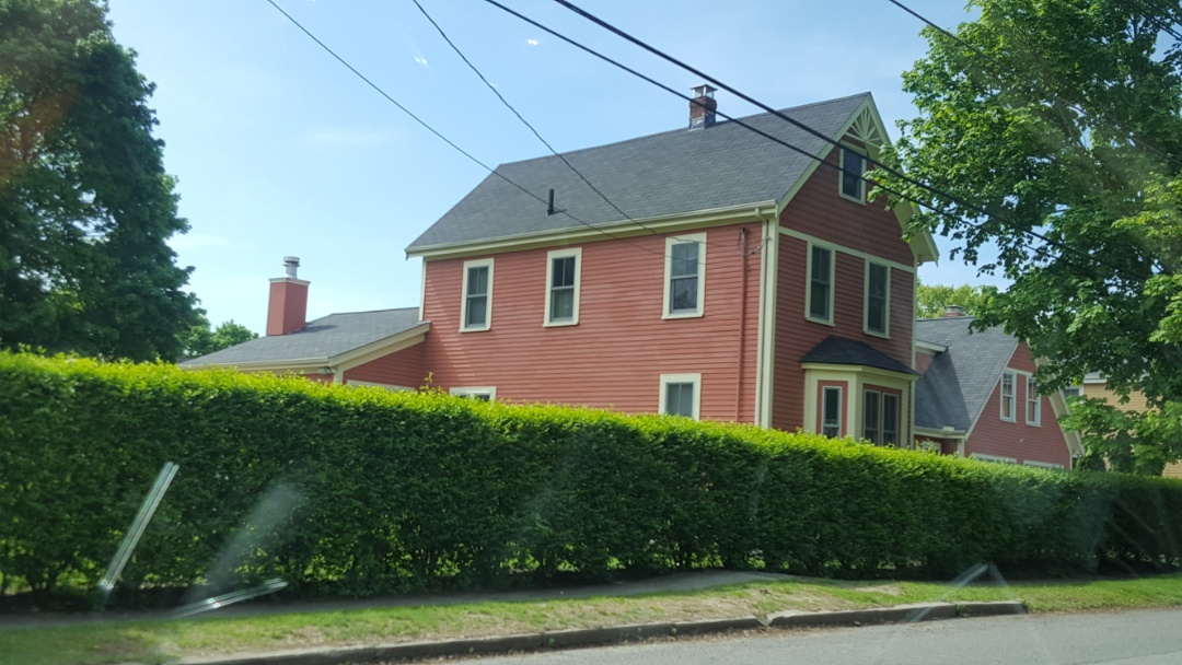 Newburyport, MA - Antique colonial looking for a new aluminum metal roof.
