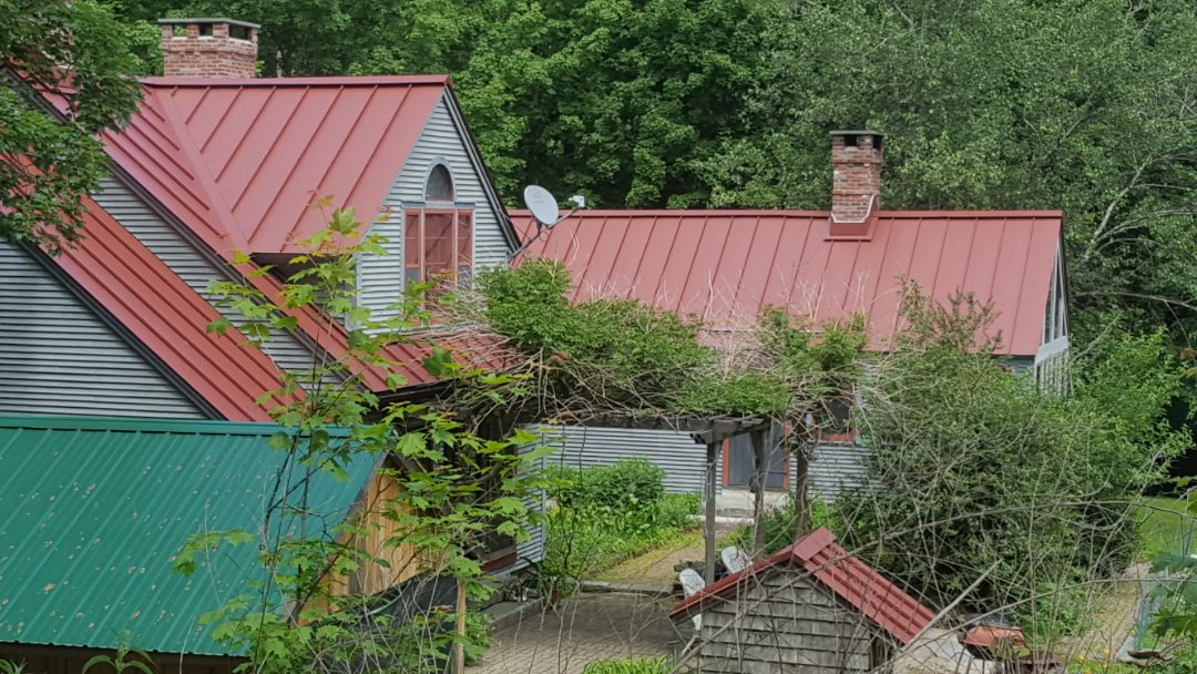 Princeton, MA - Historic home with Colonial Red aluminum standind seam roof.