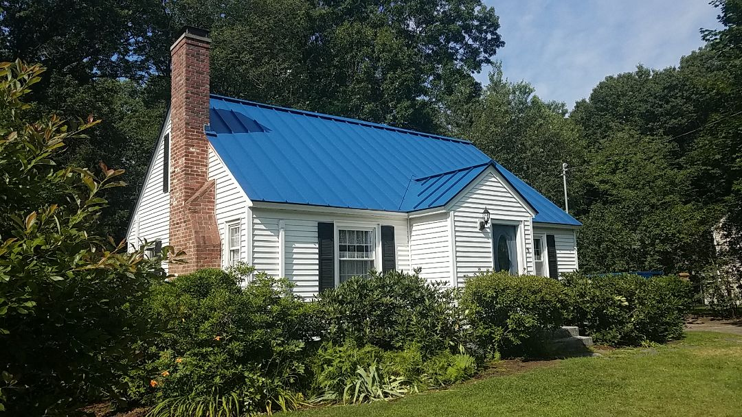 Holden, MA - Standing seam aluminum pannels roof.