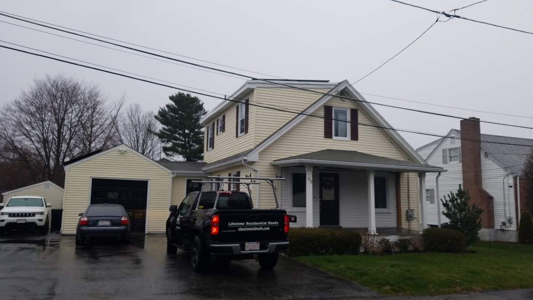 Marlborough, MA - In need of  new metal roof!