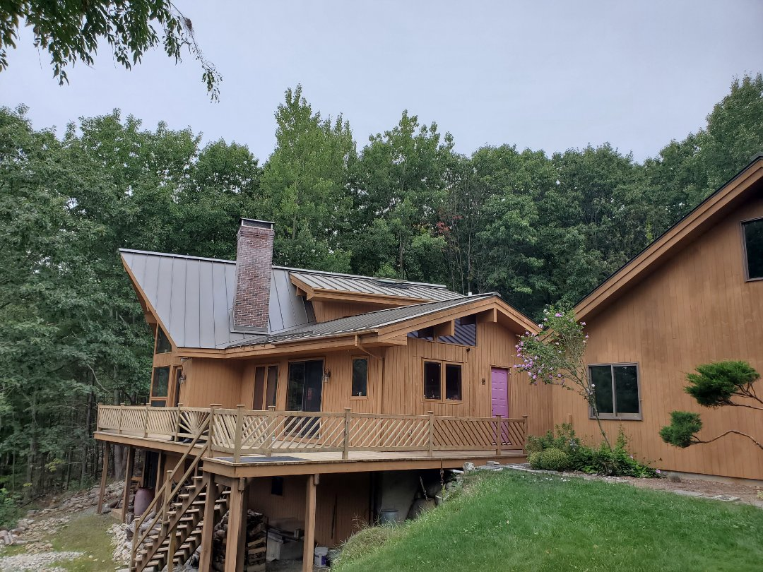 Lyndeborough, NH - Aluminum metal standing seam roof with venting skylights
