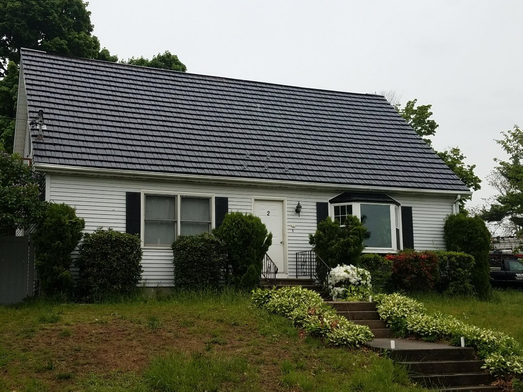 "Stow, MA - Rustic ""shake"" aluminum shingle roof in black completed in Worcester, MA. Cape style homes look great in our meal roofs."