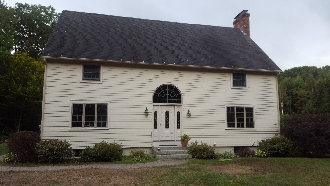 Spencer, MA - Colonial looking for a standing seam aluminum roof.