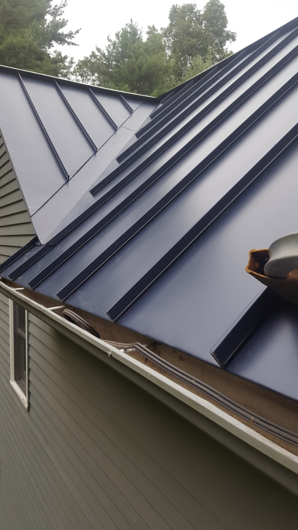 Granby, CT - Aluminum standing seam valley complete in Granby Conn