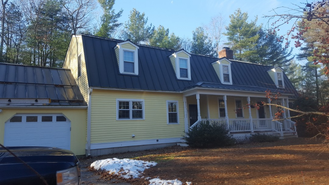 Dover, MA - Aluminum standing seam mtel roof colir Hemlock green 4 years old