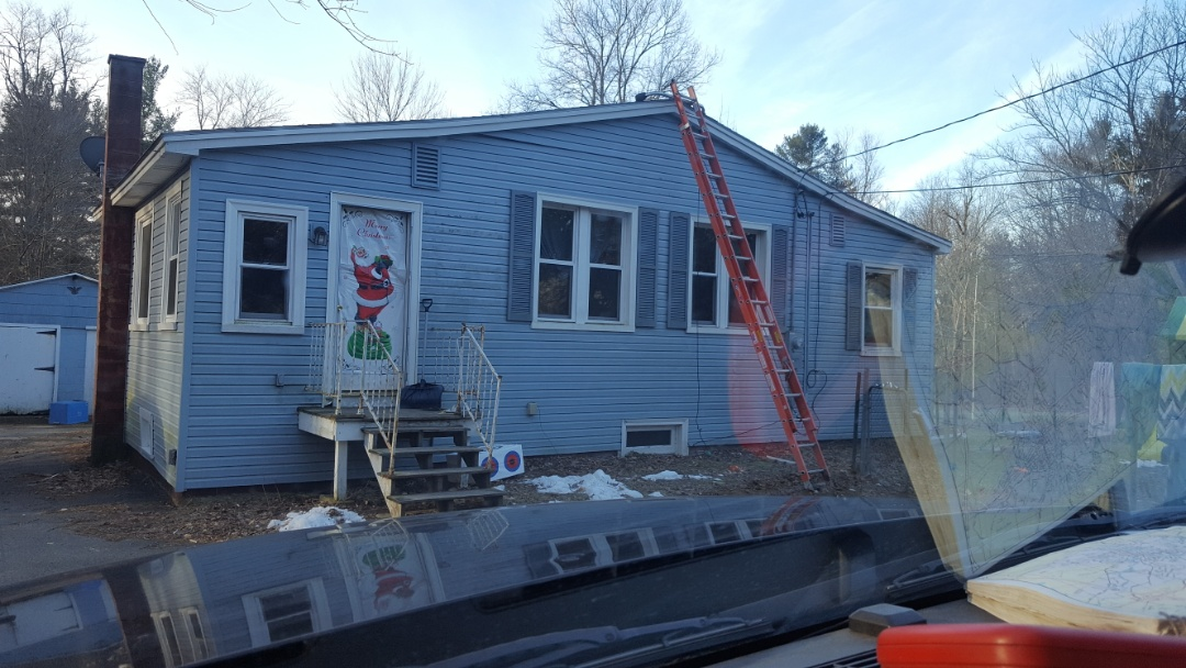 Templeton, MA - This house will soon have aluminum metal roof