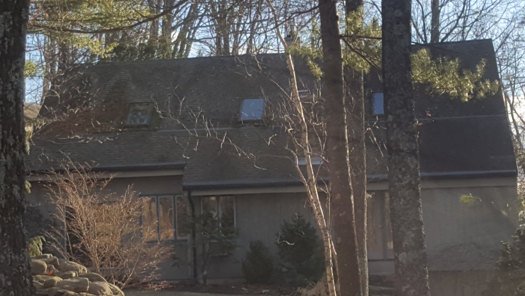Sterling, MA - Nice contemporary overlooking Wachusett Mtn looking for a standing seam roof.