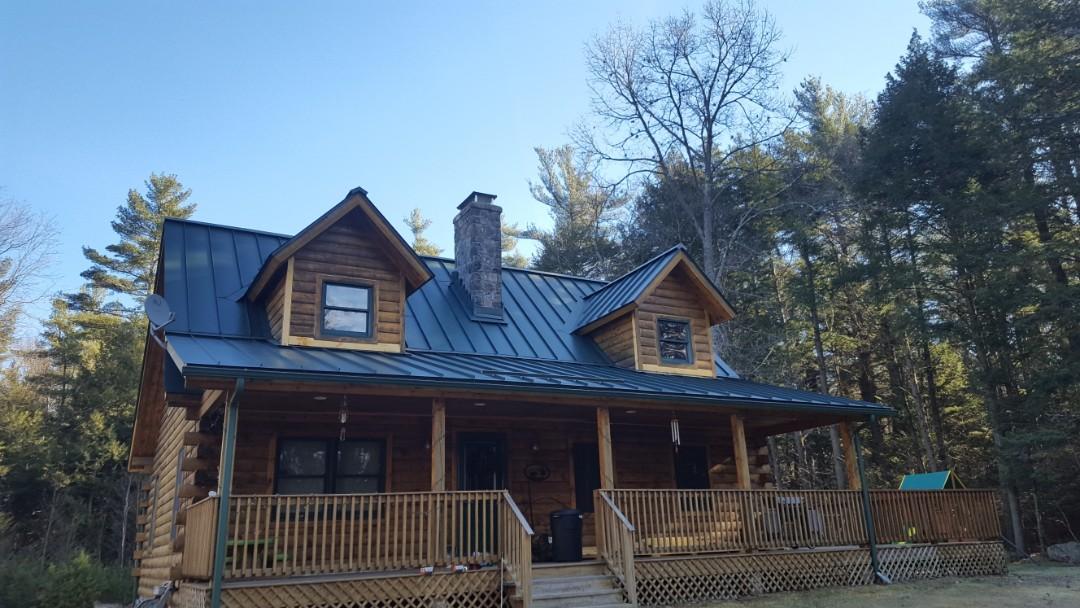 Hubbardston, MA - Aluminum standing seam roof