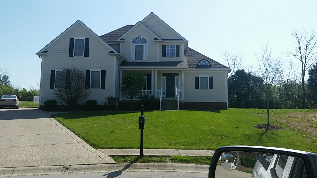 Frankfort, KY - We are in Frankfort today giving a full roof inspection.