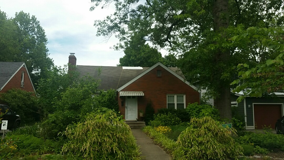 Lexington, KY - We are in Lexington today signing up another customer for a full replacement roof.
