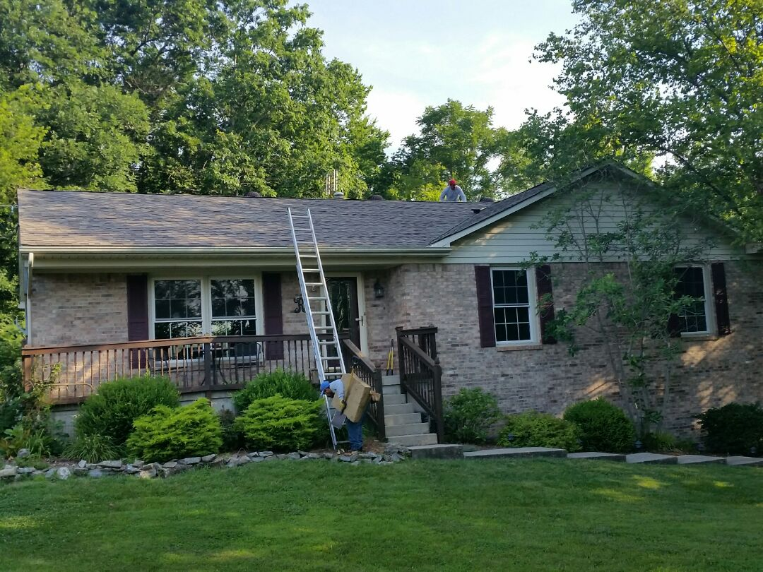 Frankfort, KY - Today we're in Frankfort installing a new GAF Weatherwood roof and reflashing the chimney