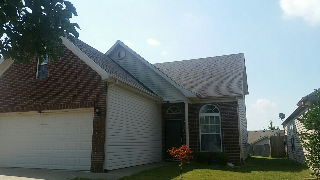 Lexington, KY - We are in the McConnells Trace neighborhood today giving a roof inspection report.