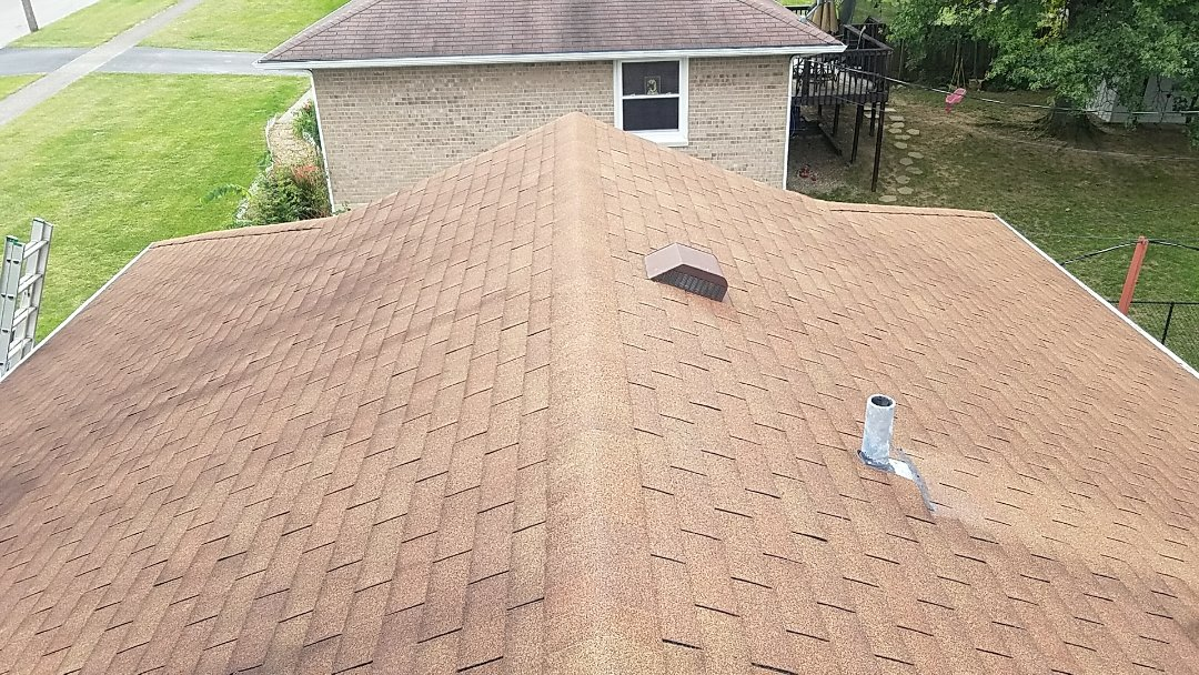 Lexington, KY - We are providing a free estimate for a new roof in Lexington.  Call today!