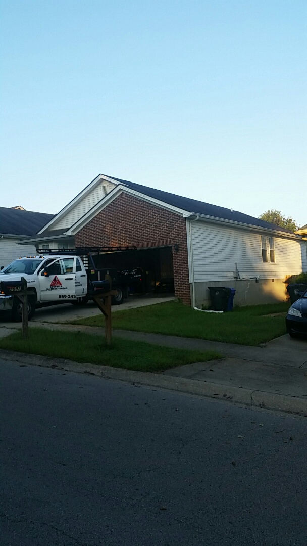 Lexington, KY - Today we are installing a new GAF Timberline Charcoal roof out in Masterson Station