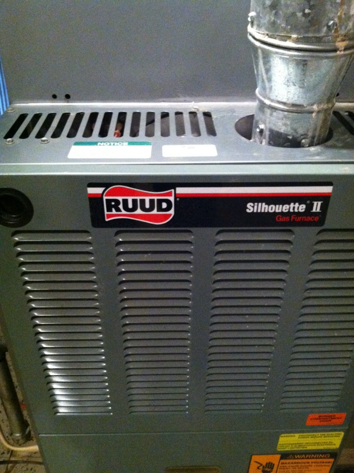 Havertown, PA - Performed an annual maintenance on a Ruud gas furnace in Havertown, Pa.