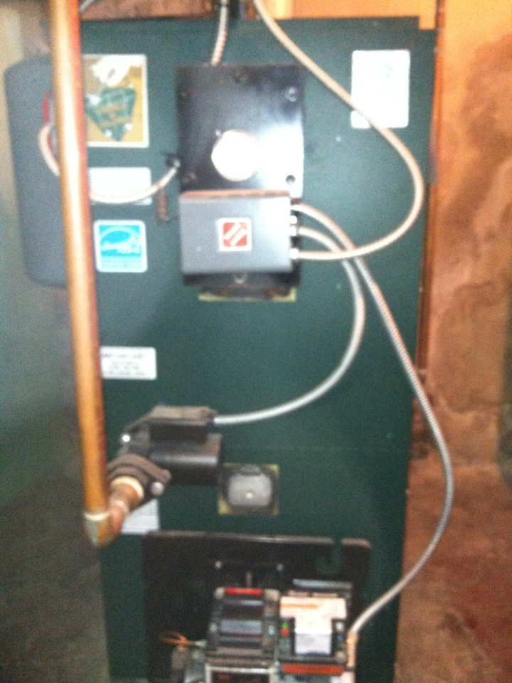 Havertown, PA - Preventive maintenance on a Colombia Boiler equipped with a Beckett Burner and Honeywell Controls in Havertown PA.
