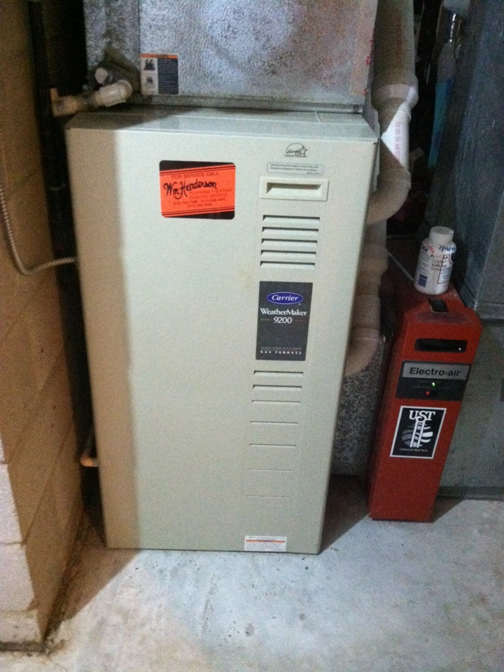 Newtown Square, PA - Performed an annual tune up on a Carrier High Efficient gas furnace in Newtown Square, Pa.