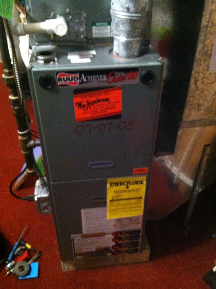 Paoli, PA - Performed an annual tune up on an oil furnace in Paoli, Pa.