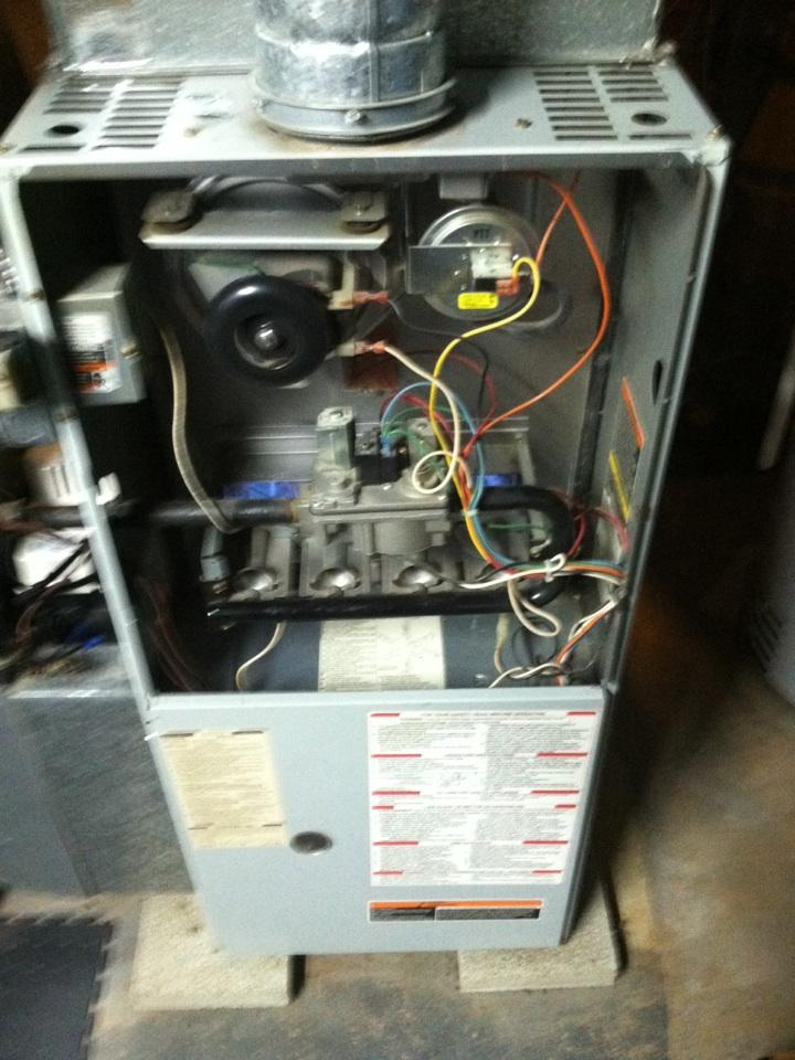 Folsom, PA - Heat PMA of Carrier furnace.