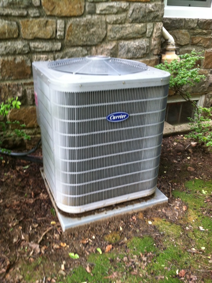 Springfield, PA - Replaced contractor on a Carrier  Air Conditioner in Springfield Pa
