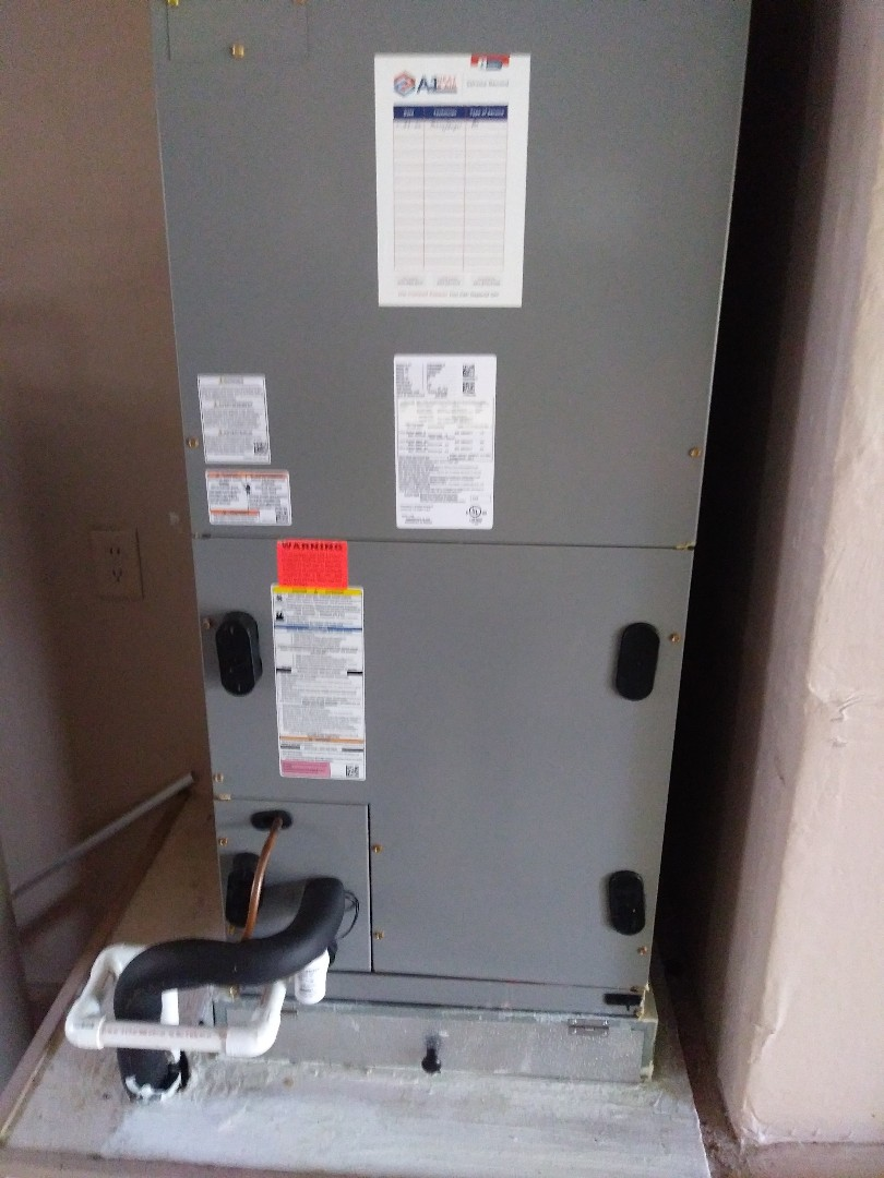Apopka, FL - Preventive maintenance for two air conditioning units for family in Apopka