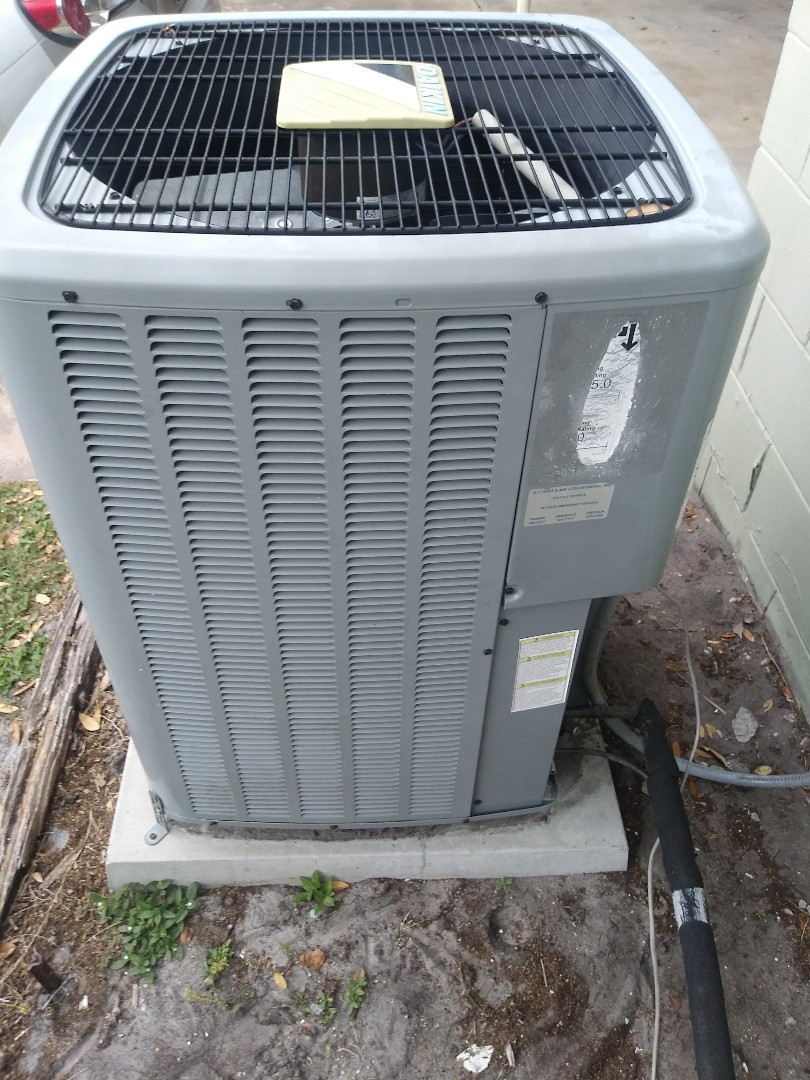 Orlando, FL - Preventive maintenance on air conditioning system for family in Orlando
