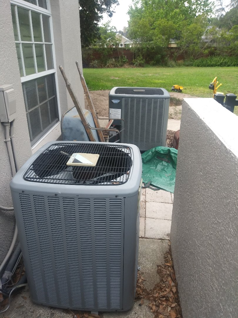 Windermere, FL - Preventive maintenance on air conditioning systems for family in Windermere
