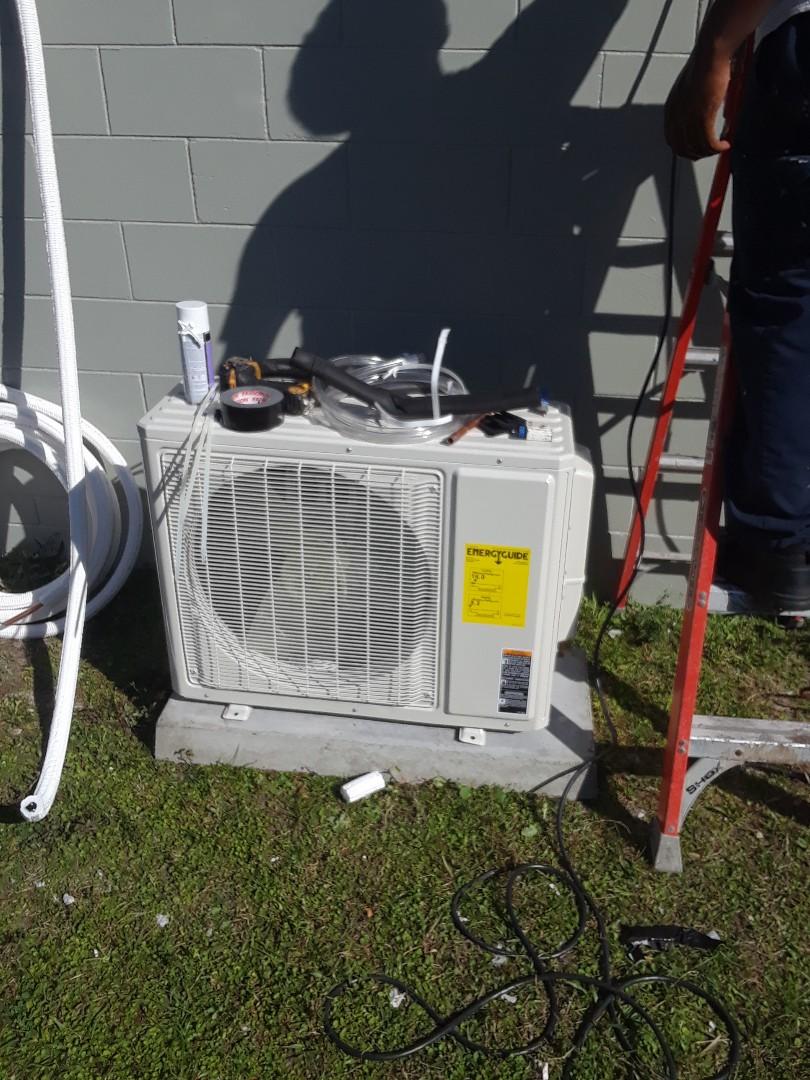 Leesburg, FL - Installing mini split here in Leesburg