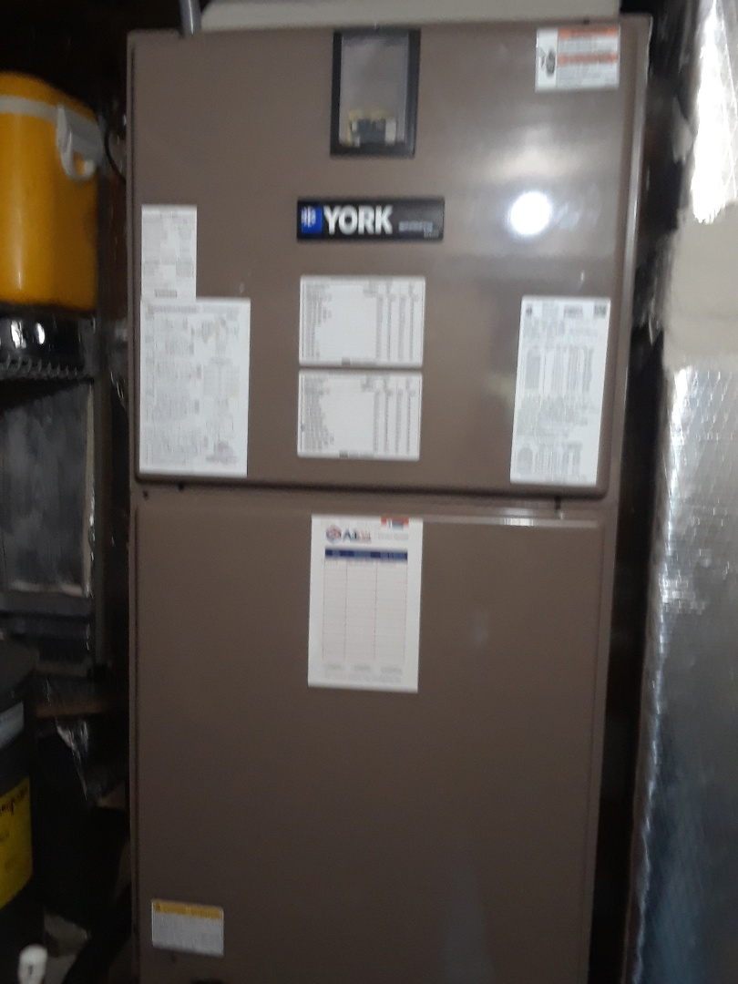 Orlando, FL - Installed a new 5 ton York heat pump system