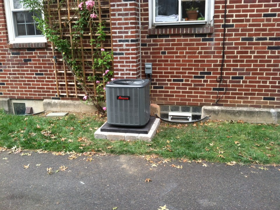 Willow Grove, PA - Install new condencer