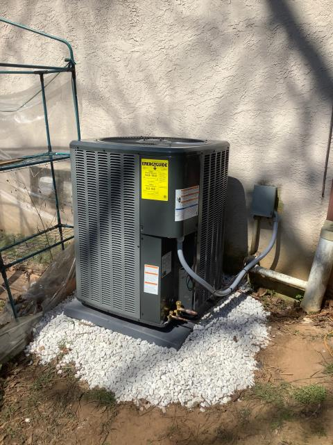 Fort Washington, PA - Supplied and installed new efficient Amana Air Handler and Condensing Unit